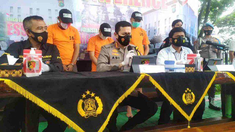 Polresta Bandara Soekarno Hatta gelar konferensi pers ungkap kasus pencurian laptop. (Foto: Rahmat Arif Hidayat/infotangerang.co.id)