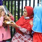Makan sepuasnya, bayar seikhlasnya hanya di hari Jumat di Kedai Jumat Berkah Nusa Jaya. (dok. infotangerang.co.id)