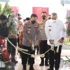 Kapolri Jenderal Listyo Sigit Prabowo bersama Bupati Tangerang Ahmed Zaki Iskandar meresmikan Gedung Presisi Polresta Tangerang. (dok. Bidhumas Polresta Tangerang)