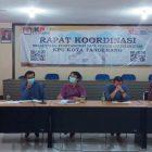 KPU Kota Tangerang menggelar rapat koordinasi rekapitulasi PDPB. (dok. KJK)