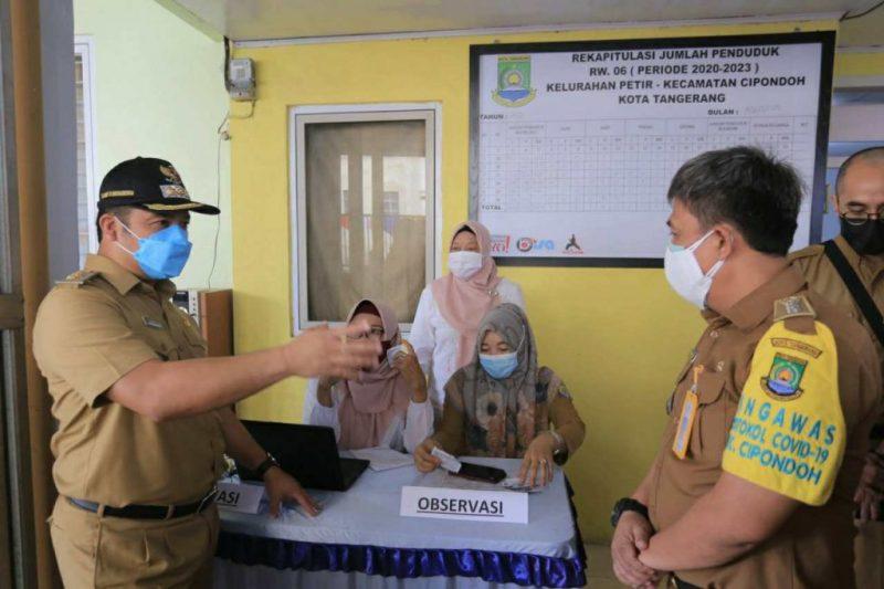 Pemkot Tangerang kembali lakukan vaksinasi di lingkungan RW, Senin (30/8/2021).